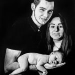 portret ze zdjęcia na czarnym kartonie